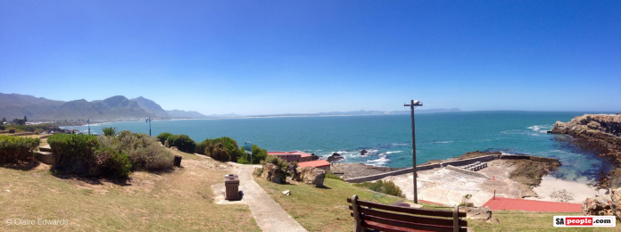 hermanus-blue-sky-696x260